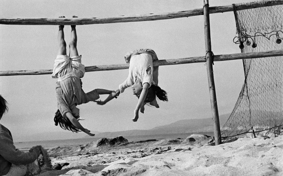 La fotografía de Sergio Larraín y el fértil vacío del no-hacer